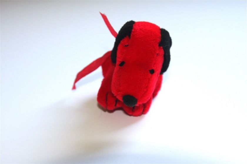 Flash Fiction (a Hundred Words or Fewer) #39: Red Snoopy